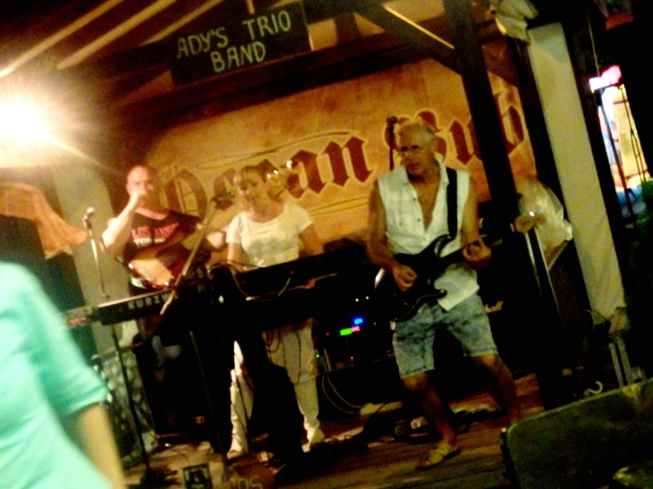 Ady's Trio Band