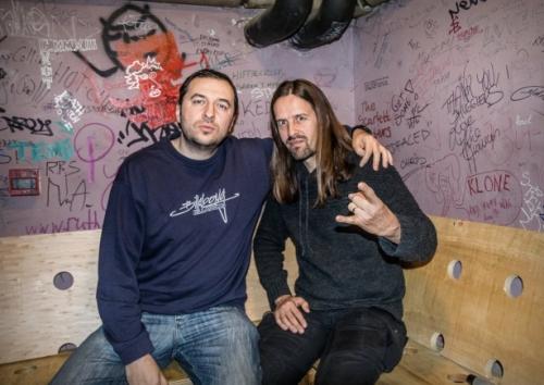 Водещият Васко Катинчаров и Oliver Palotai - Kamelot